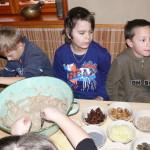 projekt Náš Jarošov - 2. část - pečení chleba - 9.12. 2015 049