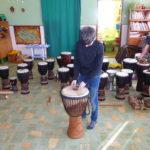 Bubnování - 4. a 5. ročník - 22.2. 2018 064