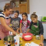 Předvánoční vaření s babičkami - 28.11. 2018 034