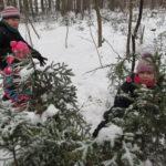 Zdobení stromečku - 1. , 2. a 3. ročník - 20.12. 2018 005